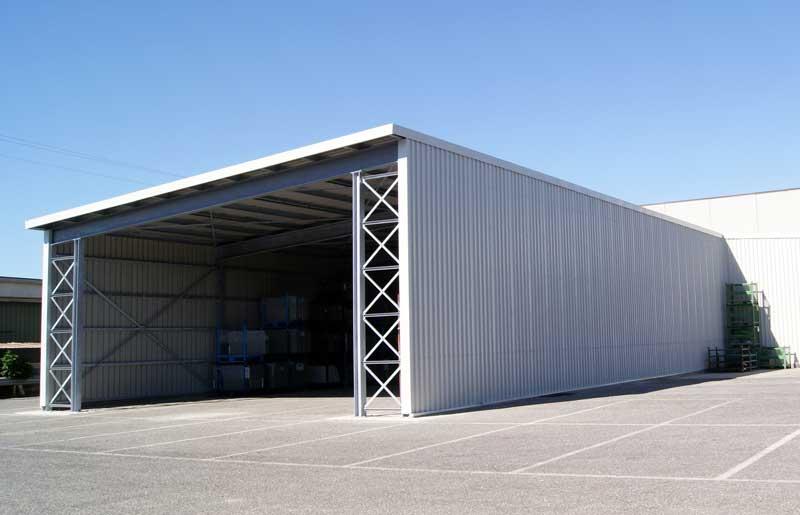Soppalchi tettoie e scale per l 39 industria a bologna for Piani di capannone per uffici esterni
