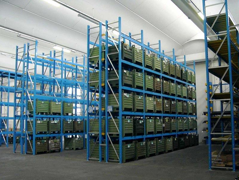 Scaffali industriali shopping acquea
