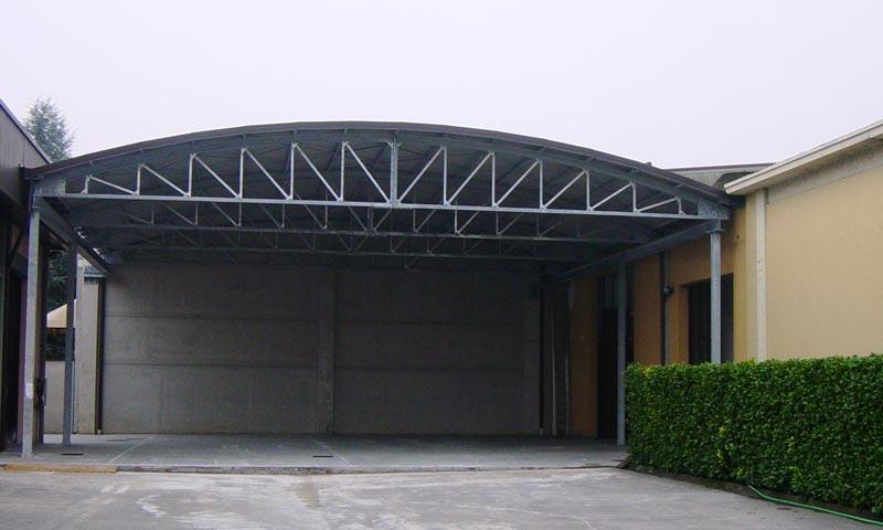 Soppalchi tettoie e scale per l 39 industria a bologna for Tettoie per auto usate