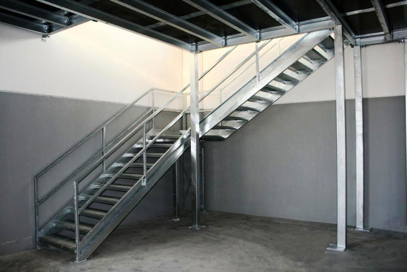 Super Soppalchi,tettoie e scale per l'industria a Bologna,Mantova,Piacenza YS92
